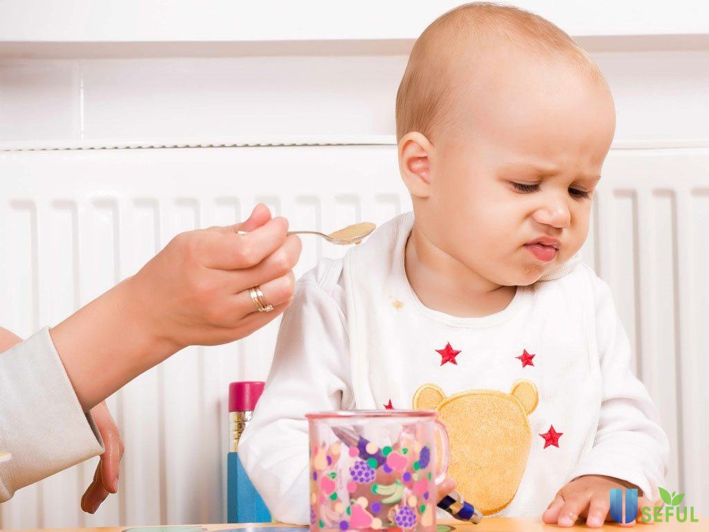 bé biếng ăn chậm tăng cân nên chọn loại sữa nào