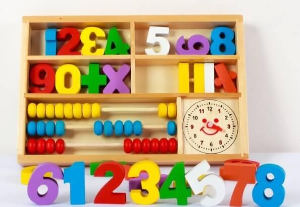 toán tư duy đồ chơi toán học